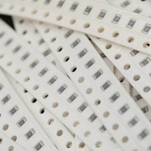 0805 SMD resistor Kits,3.9K-62K, 10 Pezzi of 21kinds: 3.9K 4.7K 5.1K 5.6K 6.2K 9.1K 10K 12K 15K 18K 20K 22K 27K 30K 33K 39K